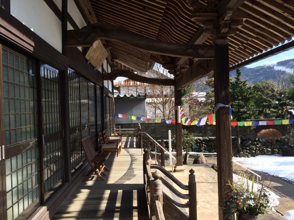 光澤寺の境内