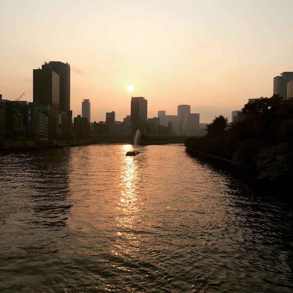 天満橋の夕日