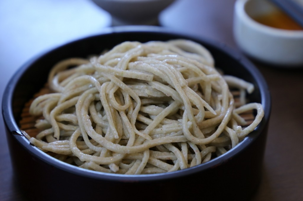 粗挽き蕎麦